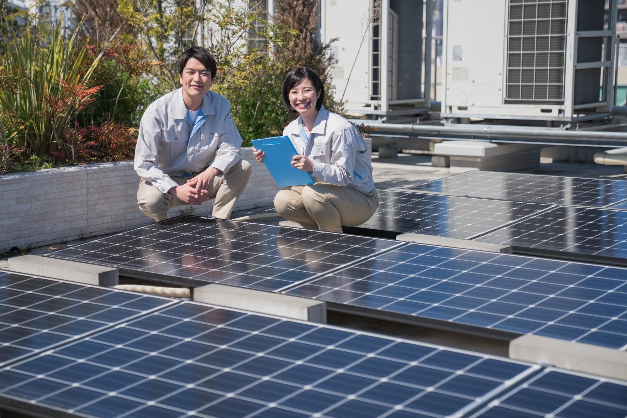 太陽光メーカーの正規メンテナンス施工店